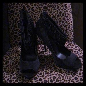 Black Satin NWOT  zip back heels BEADED
